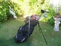 CONFIDENCE GOLF CLUBS IN TITLEIST BAG MENS LEFT HAND