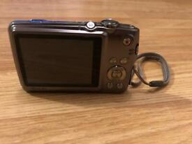 Canon EOS 800D dslr camera bundle for sale | in Guildford