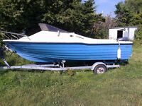 16ft AUSTRALIAN FAST FISHING BOAT, MARINER ENGINE, AND ROLLER COASTER TRAILER