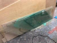 10mm shaped glass for quirky table tops