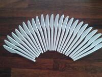 White Plastic Knives