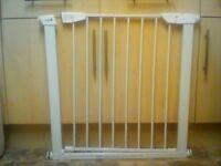 Cuggi Stair Gate