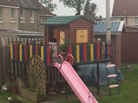 Children's playhouse/treehouse brilliant condition