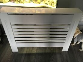 White medium radiator cover