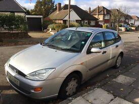 Reliable Ford Focus 1.6 LX for sale with full service history, MOT and very low mileage