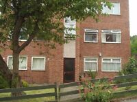 A spacious 2 bedroom flat in Woodseats with fully fitted kitchen, bathroom and own single garage