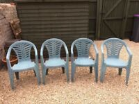SET OF 4 PLASTIC GARDEN CHAIRS - GREEN - GOOD USABLE CONDITION - STACKABLE