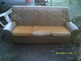 SETTEE IN V.G.C. NO DAMAGE and VERY CLEAN , only £ 30 .+++++