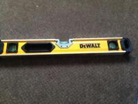 Dewalt Box Beam Level 610mm