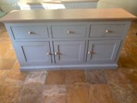 Hannah Large Country Style Sideboard - Sage Grey Units / Oak-Effect Top x 2