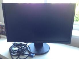 Computer monitor screen and cables v223HQV 21.5inch