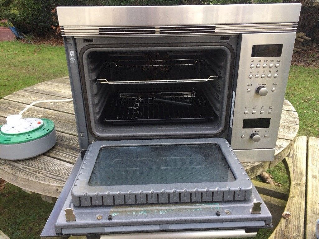 Bosch built in combination oven/microwave