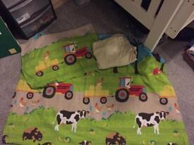 Single duvet cover and fitted sheet