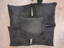 Set5 cushions £20