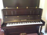 Gors & Kallmann upright piano