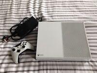 Xbox One (Slightly Faulty)