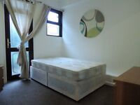 GREAT ROOM WITH GARDEN!CLOSE TO DLR!BILLS IN! 232E163
