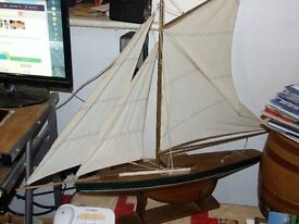 display model sailing yacht height 69cm x 100 cm
