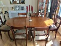 Vintage extendable Dining Table