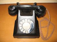 Vintage Telephone (GPO Model No. 332) - Black.