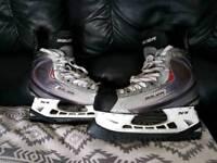 Ice Skates Bauer xXx size 10.5 D