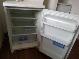 Small Fridge - Working order. Needs a good clean