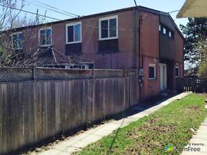 $1,680,000 - Duplex for sale in Willowdale
