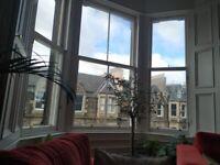 2 bedroom top floor flat, Edinburgh EH1 (Forrest Road / University / Meadows / Old Town)