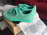 Good Condition Mens Puma Suede Classic Electric Green Trainers