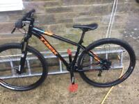 Trek x-caliber 8 mountain bike