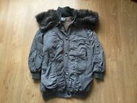 🎀 ** Ladies River Island Coat Size 6 ** 🎀 ** Would Fit size 8** 🎀