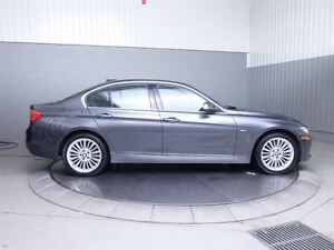 2013 BMW 328I LUXURY X-DRIVE MAGS TOIT CUIR West Island Greater Montréal image 4
