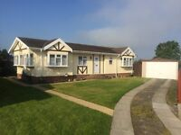PARK HOME FOR SALE HEATHERBANK PARK NEILSTON nr Glasgow Offers around £75000