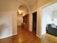 Dalziel Place: Bright generously sized 3 bed furnished flat available now.