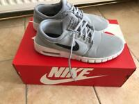 Nike air trainers size 5.5