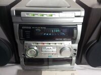 Aiwa compact disc/radio/tape stereo system NSX-AV720
