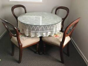 ANTIQUE DINING/CARD TABLE WITH FOUR BALLOON BACKED CEDAR CHAIRS Scarborough Redcliffe Area Preview