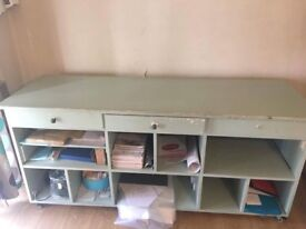 Storage unit for an upcycling project