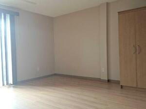 FANSHAWE: SINGLE BEDROOM LEASE MAY 1 ALL IN W/WIFI - $420