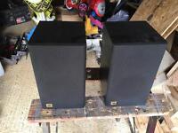 JBl J50 Stereo Speakers