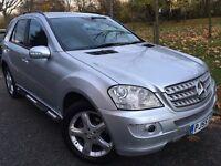 2005 Mercedes Benz ML SPORT.BRILLIANT DRIVE.RECENTLY SERVICED.HISTORY. E/W.ALLOY WHEELS. NAVIGATION.