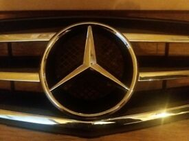 MERCEDES E CLASS SPORTS GRILL 2009/15 BRAND NEW!! HALF PRICE £125