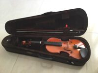 Full size Stentor violin in excellent condition.