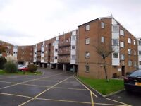Modern 1 Bedroom Flat Coed Edeyrn, Close to Cardiff Metropolitan University Cyncoed and Bus Routes