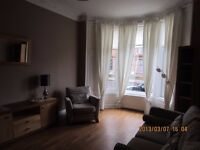 **LET AGREED**2 bedroom part furnished flat, Shawlands £595pcm