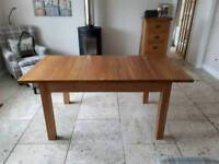 Solid Oak Dining table Extendable up to7 ft