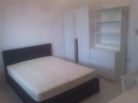 new single room with bathroom for rent