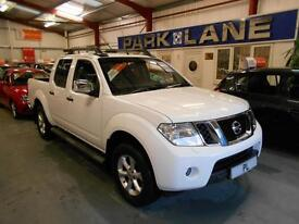 Nissan Navara Double Cab Pick Up Tekna 2.5dCi 190 4WD (cloud white) 2013