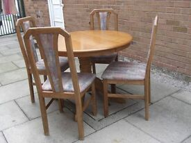 Very Good Condition Round Dining Table and Four Chairs