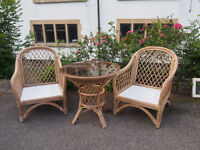 Lovely Stylish Wicker/Bamboo Conservatory Set 2 Armchairs & Round Glass Top Table Great Quality